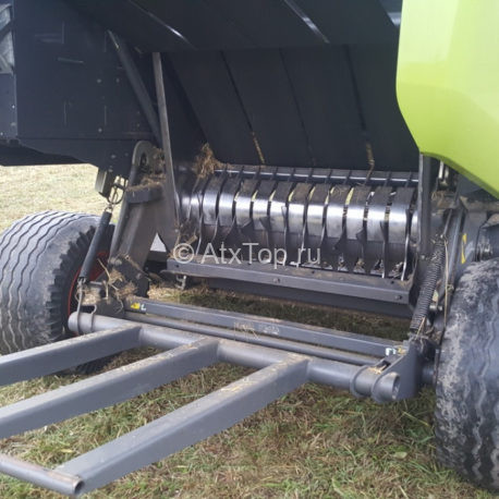 press-podborshhik-claas-variant-380-4