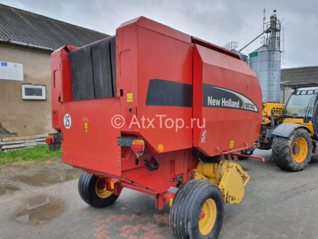 new-holland-br740-1
