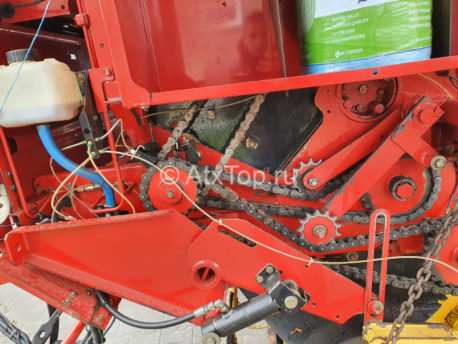 new-holland-br740-17