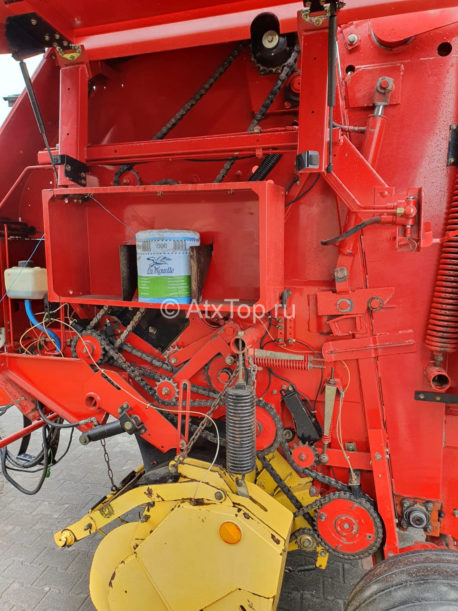 new-holland-br740-27
