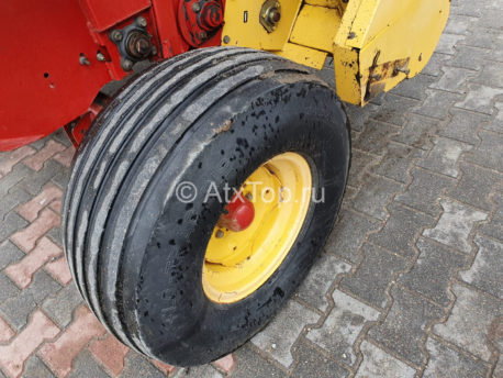 new-holland-br740-36