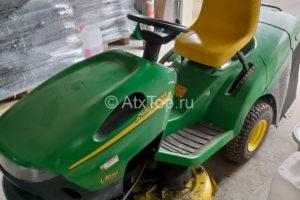 traktor-gazonokosilka-john-deere-lr-135-2